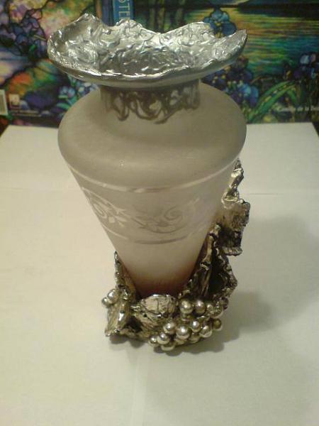 PROVOCARE - Vaza f. veche de  cristal imbracata in argint 925, avea   gatul spart / reparata de mine cu Fimo pictat la final / 2013;